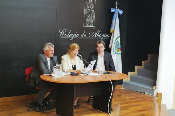 49ee3edc003 Se realizó con gran éxito el lanzamiento de la lista Transparencia Gremial  con la consigna de separar a los partidos políticos del Colegio de Abogados.