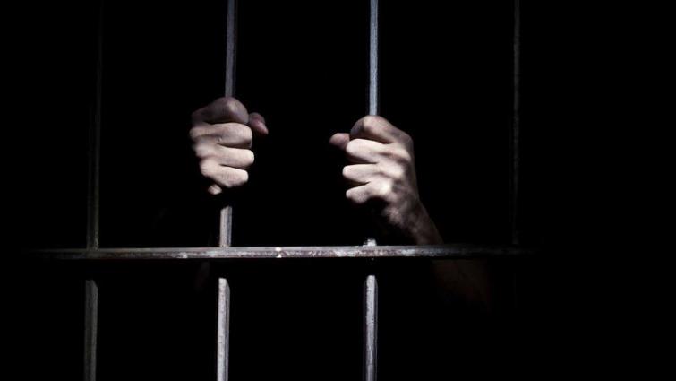 """Cumplió su pena, y pasó 5 años más en prisión: """"Nadie me avisó"""""""