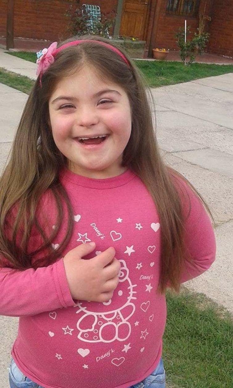 """Niegan la Comunión a nena con síndrome de Down porque no sabe el Padrenuestro """"de corrido"""""""