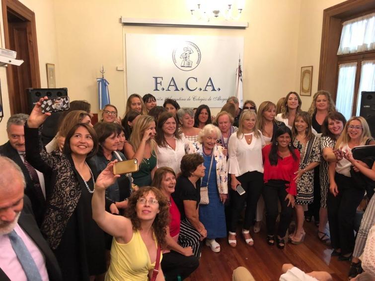 Paridad de género en los órganos de Gobierno de la Federación Argentina de Colegios de abogados.