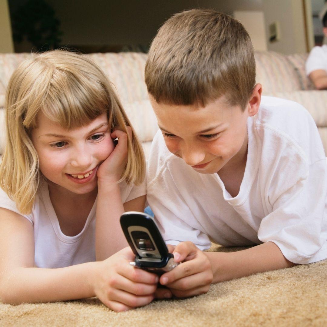 """Abogados criticaron iniciativa de """"Instagram para niños"""" de Facebook, aunque la empresa continúa con el proyecto"""