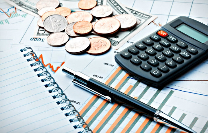Castigo al retiro de efectivo: de qué se trata el nuevo y polémico impuesto incluido en la Ley de Emergencia