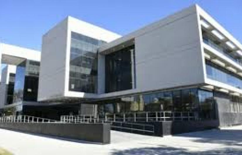 Condenan a un joven por el crimen de un bebé y absuelven a la madre