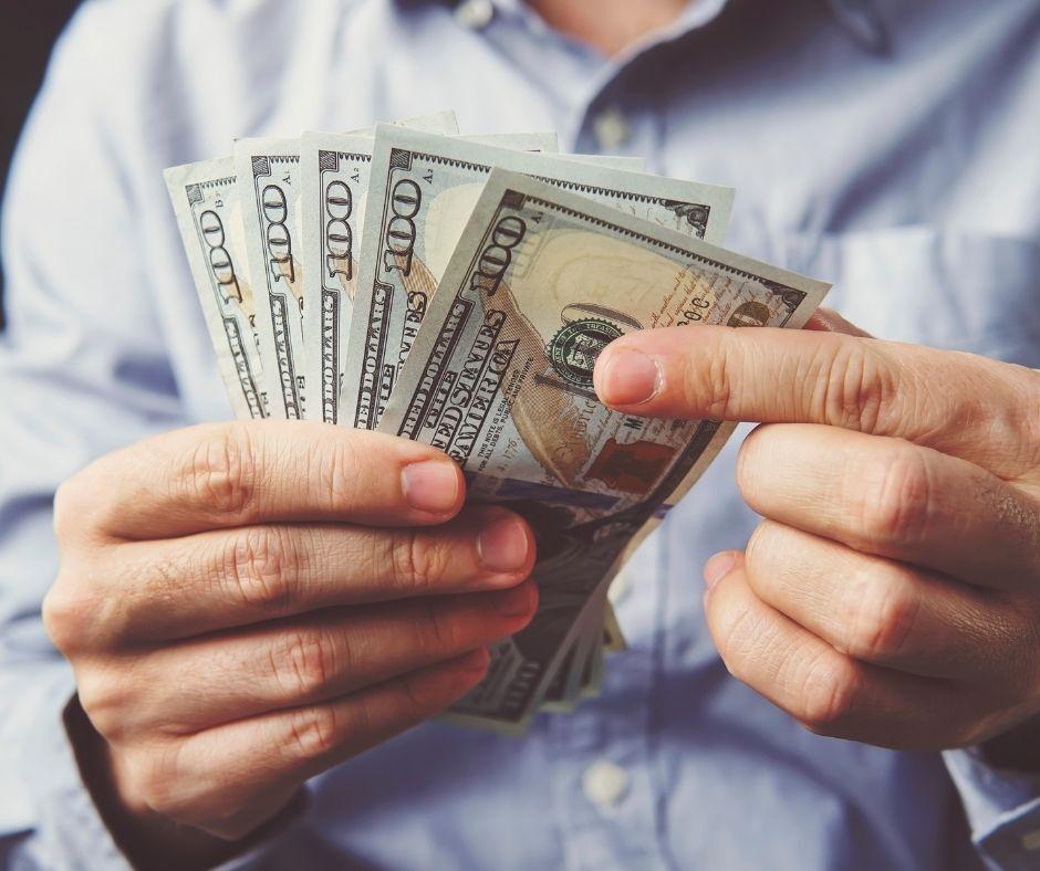 ¿Las deudas en dólares deben pagarse en dólares?