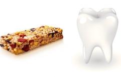 Diente en barrita de cereal: la Corte Suprema dejó firme, por mayoría, una multa aplicada a su fabricante