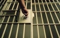 Un gran beneficio para el ex juez Brusa:  salió de la cárcel antes de cumplir su condena y aún tenía una causa
