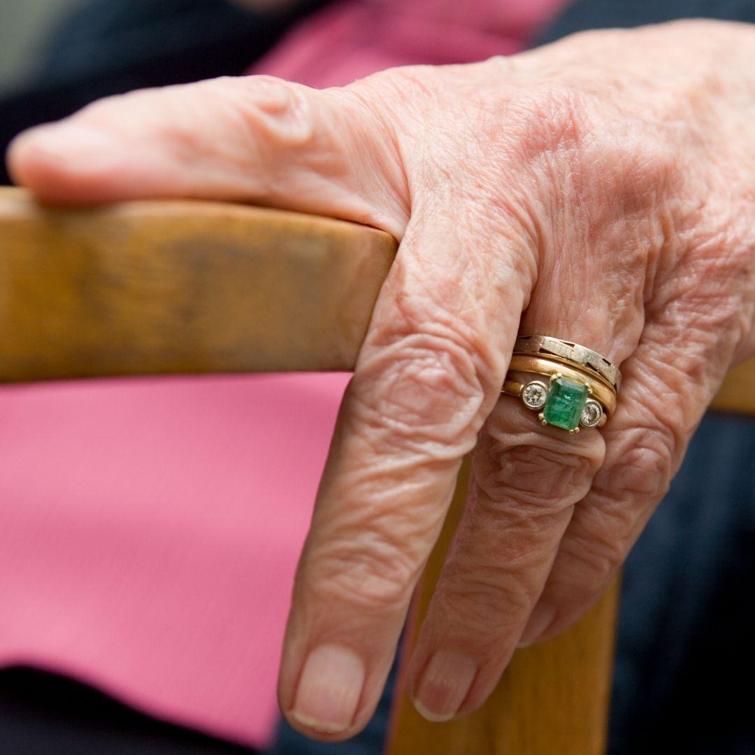 Mujer con Alzheimer en un geriátrico era abusada sexualmente: un condenado