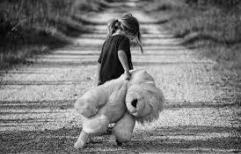 Prevalece el interés superior de una niña en estado de vulnerabilidad frente a la detención de su mamá