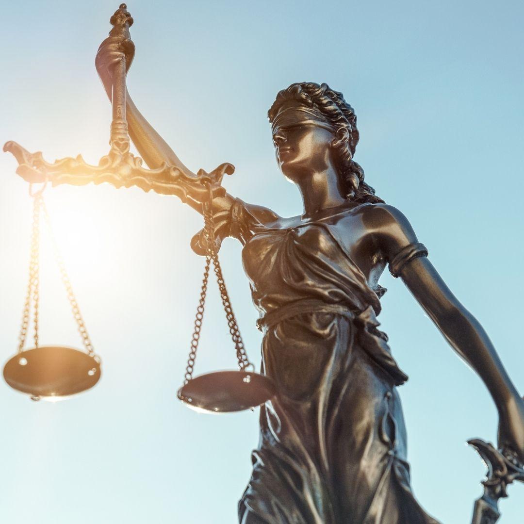 Propuesta de control parlamentario a jueces y fiscales